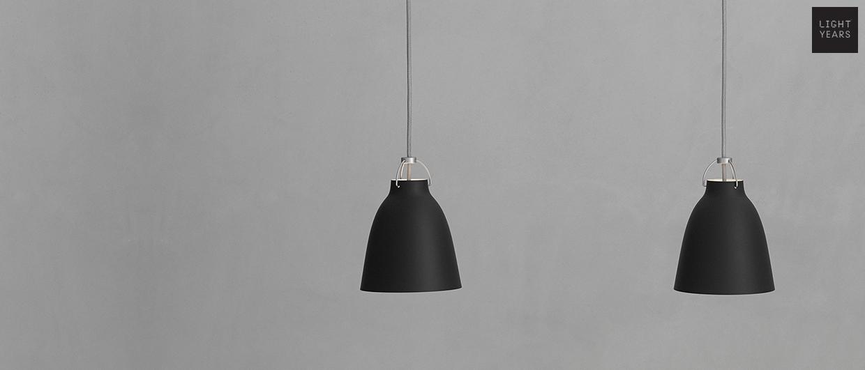 <p>caravaggio mat black markant &amp; dramatisk</p>