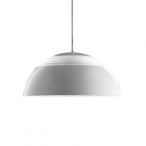 louis poulsen aj royal pendel louis poulsen lamper. Black Bedroom Furniture Sets. Home Design Ideas